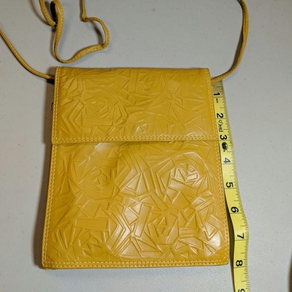 Vintage Handbags - Vintage Mustard Yellow Leather Crossbody Bag Italy